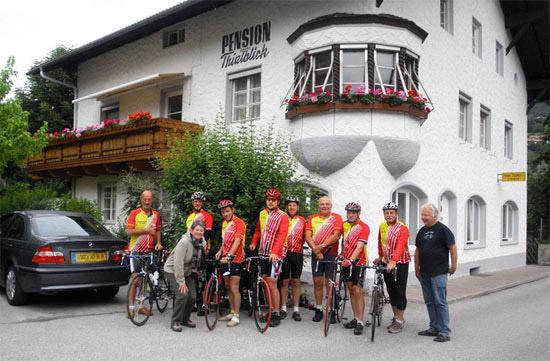 Ausfluege-Landeck-Tirol-Radfahrer